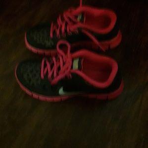 Girls pink and black Nike